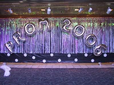 3 foot Prom 2006