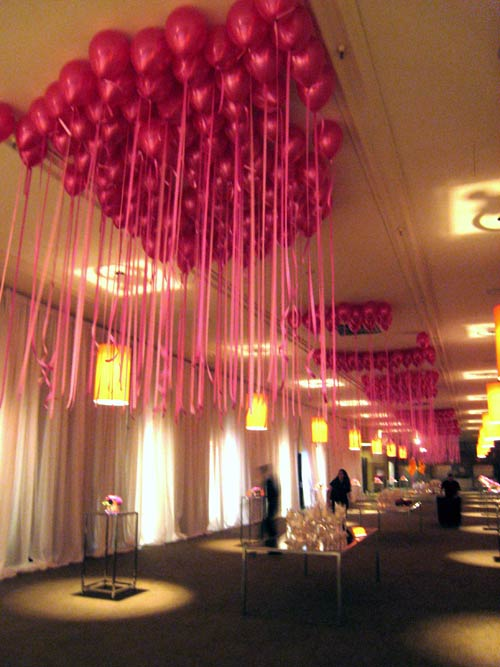 Ceiling decor pink4 for Balloon decoration for ceiling
