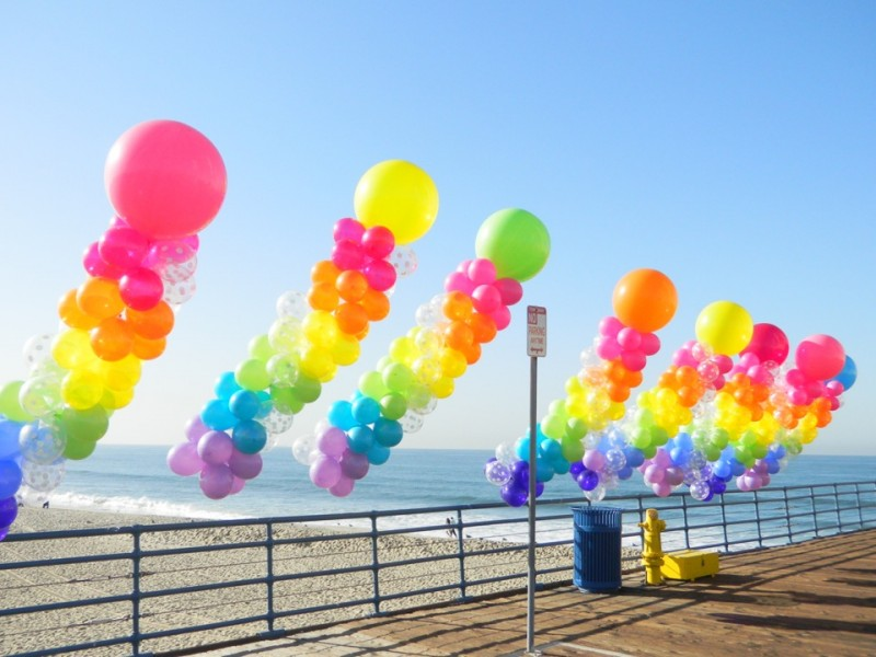 Outdoor pillars 36 39 39 top for Balloon decoration for corporate events